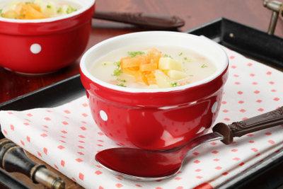 Kartoffel-Möhren-Suppe ist schnell zubereitet.
