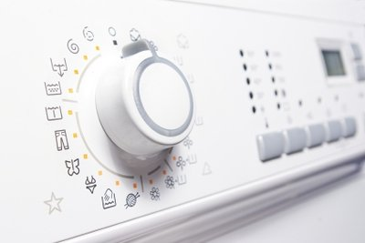 Das Bedienteil einer Waschmaschine