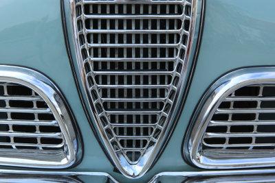 Die meisten Autos haben eine Wasserkühlung.