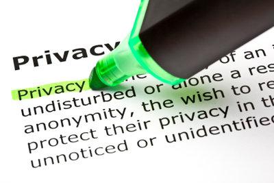Die Privatsphäre-Einstellungen bei Facebook sind unübersichtlich.