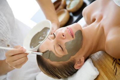 Lavaerde eignet sich zur Hautpflege.