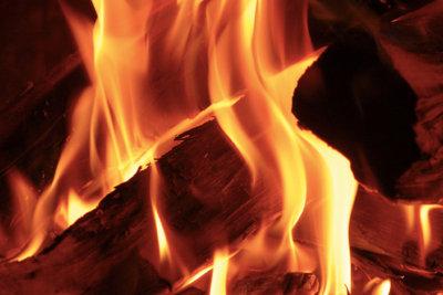 Traumhaft schön, so ein Kaminfeuer.