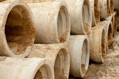 Drainagerohre aus Ton sind schnell verlegt