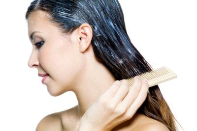 Haarfarbe gelangt schnell auf die Haut.