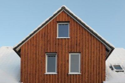 Saubere Optik mit einfacher Holzverschalung