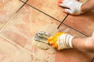 Auf einer Fußbodenheizung kann gefliest werden.