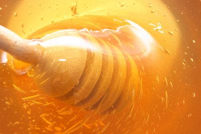 Honig hilft gut gegen Erkältungsbeschwerden.