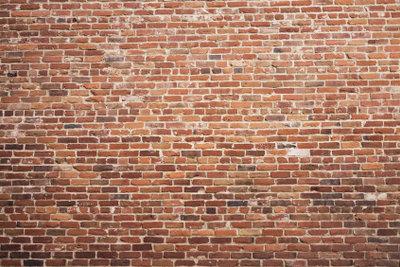 So errichten Sie eine Backsteinmauer.