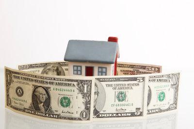 Hausmieten könnten per Dauerauftrag bezahlt werden.