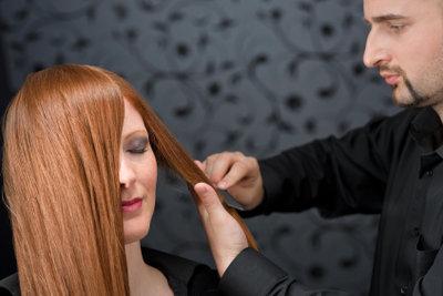 Pflanzenhaarfarbe ist besser für Ihr Haar.