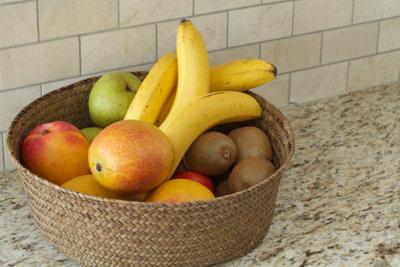 Im Obstkorb bilden sich schnell Fruchtfliegen.