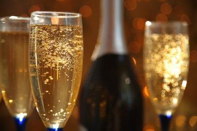 Champagner gehört in die Haus-Bar.