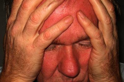 Das Nervenzucken kann sehr stressig werden.