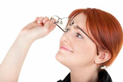 Brillenreinigung mit Ultraschall sorgt für Durchblick.