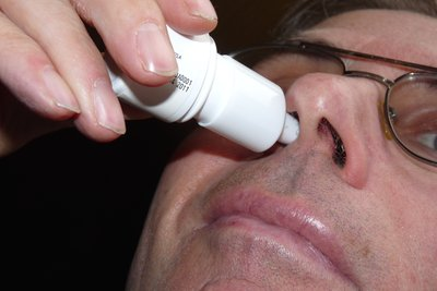 Nasentropfen trocknen die Schleimhäute aus.