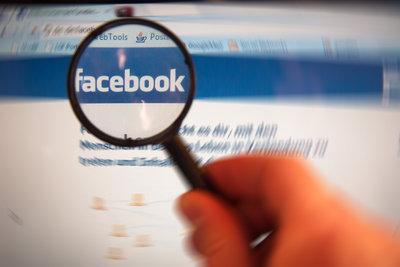 Bei Facebook können Sie Profilbilder verbergen.