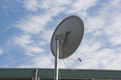 Eine Satellitenschüssel zu Hause installieren