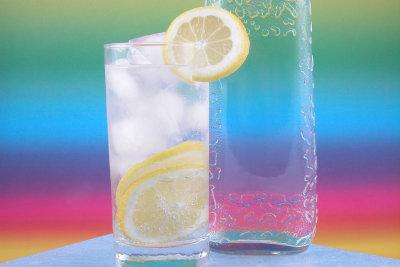 Gin Tonic ist einfach zu mischen.