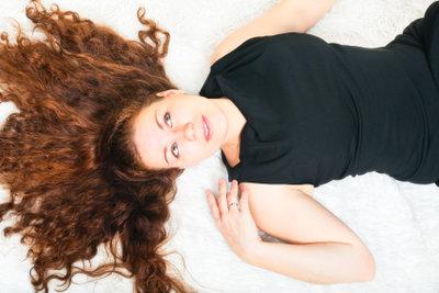 Eine Haarfarbenberatung verhilft zum richtigen Farbton.