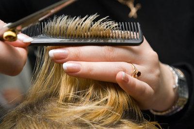 Einfache Haarschnitte zum Nachmachen.