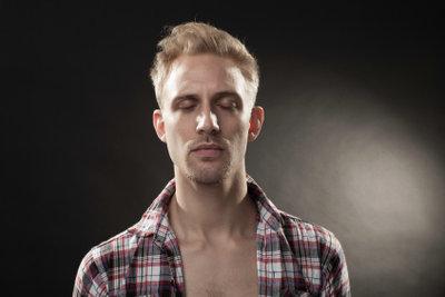 Richtige Pflege steigert den Bartwuchs.