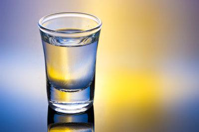 Wodka: die Basis vom verrückten Hund.
