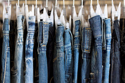 Kaufen Sie Jeans, die wirklich passen.