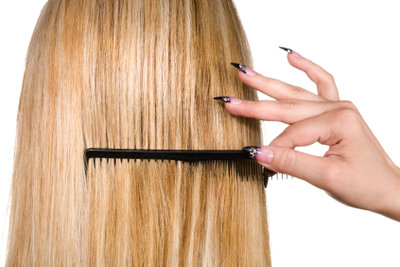 So leicht ist eine Amy-Winehouse-Frisur.