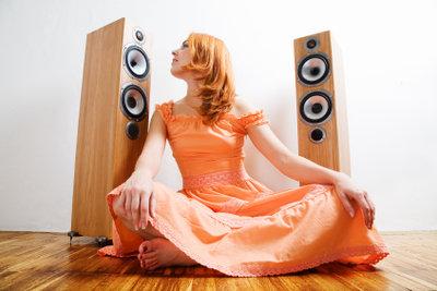 Bauen Sie Lautsprecher beliebig groß.