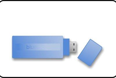 Via Bluetooth-Stick klappt die drahtlose Verbindung.