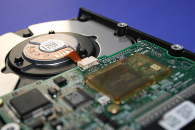 Eine Festplatte mit Partitionen versehen