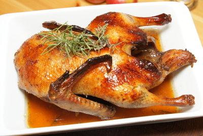 Gefüllte Ente, im Ofen gebacken