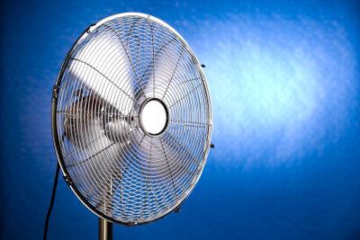 Ein Ventilator spendet frische Luft.