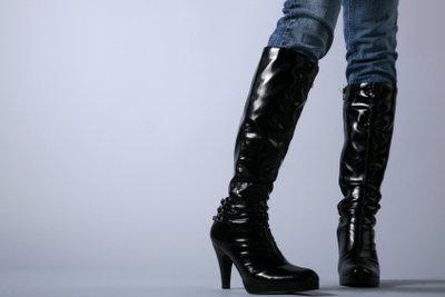 Stiefel passen toll zur Wintermode.