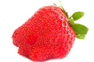 Alkoholfreie Erdbeer-Cocktails sind einfach zubereitet.