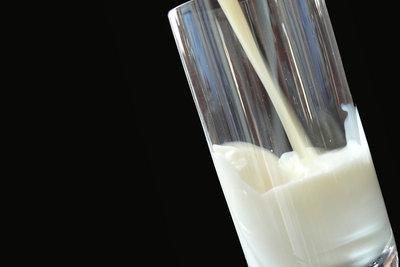Abgelaufene Milch ist vielseitig verwendbar.