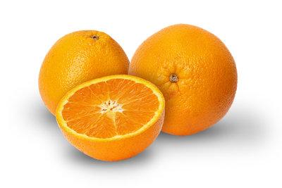 Kochen Sie englische Marmelade aus Orangen.