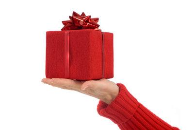 Geschenke können eine Entschuldigung glaubhaft machen.