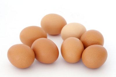 Verwenden Sie Ihre Eierschalen als Dünger.
