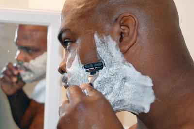 Bartwuchs stoppen/vermindern mit verschiedenen Methoden