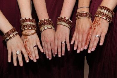 Fingerringe können sehr verschieden aussehen.