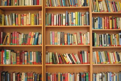 Vielfältige Autorintentionen in Büchern finden