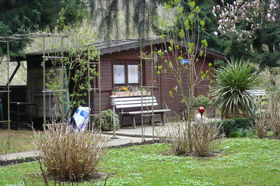 Eine Holzhütte kann sehr heimelig sein.