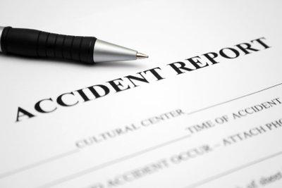Unfallbericht als Aufsatz schreiben.