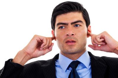 Verstopfte Ohren richtig ausspülen.