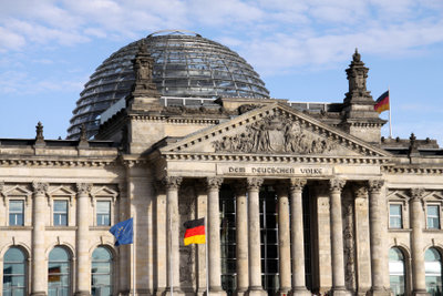 Sitz des Bundestages und seiner Mtglieder.
