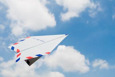 Luftpost-Brief in die USA versenden.