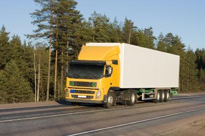 LKW-Führerscheine ab Alter 50 verlängern.