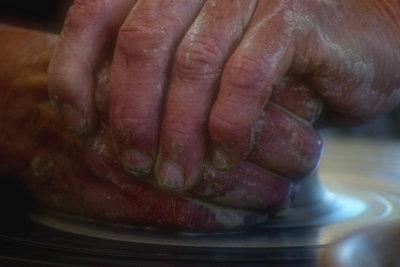 Wenn Hände sich schälen müssen Sie handeln.