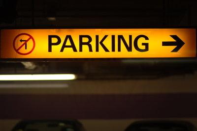 Fertigen Sie ein eigenes Parkverbotsschilds an.